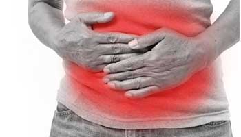 ulcerative colitis stomach pain